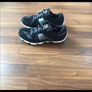 Woman's brooks pure flow
